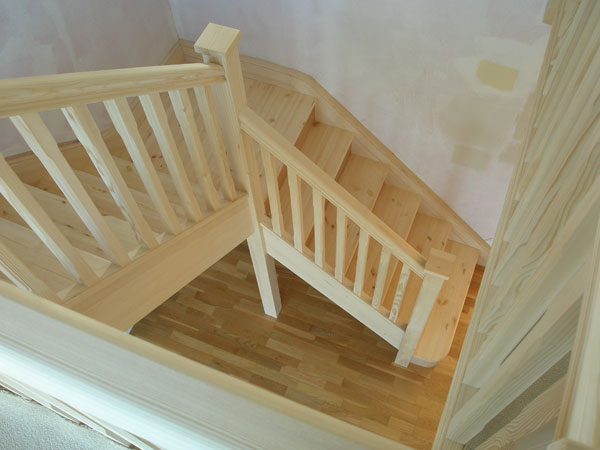 Staircase Traditional Style Handrails Stop Chamfered Balusters