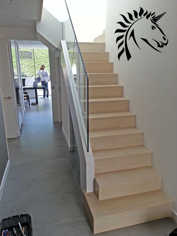 The Marion staircase contemporary oak and glass with frameless gsalss balustrade marion road london