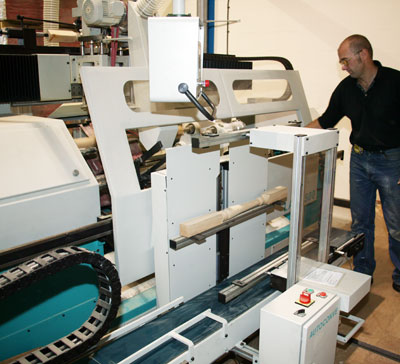 CNC Lathe with auto feed