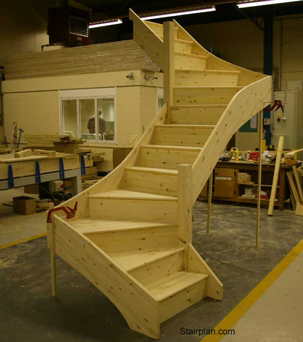 Mortising stair stringers dovetail bit router forums for Building winder stairs